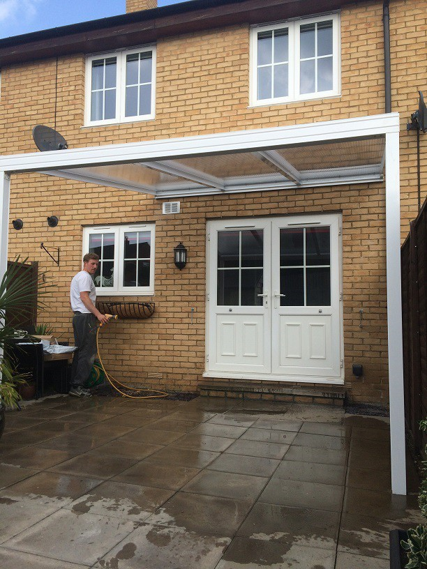 Garden canopy fitting
