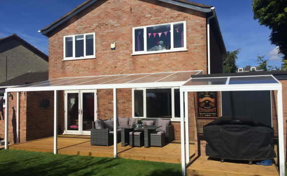 Decking area, corner sofa, BBQ